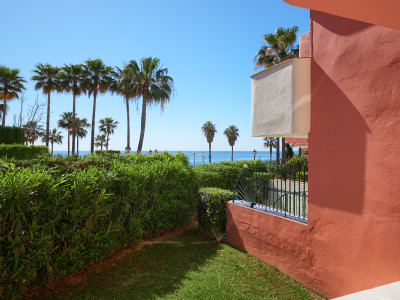 Town House  for sale in  Garden Beach, Estepona