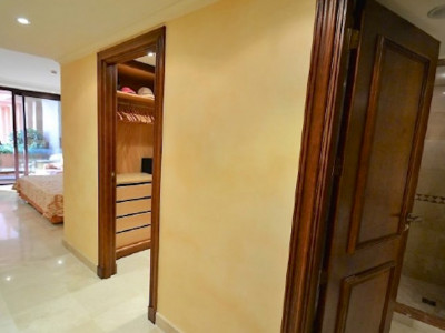 Apartment  for sale in  Kempinski, Estepona