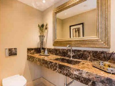Villa en venta en Marbella Club, Marbella Golden Mile