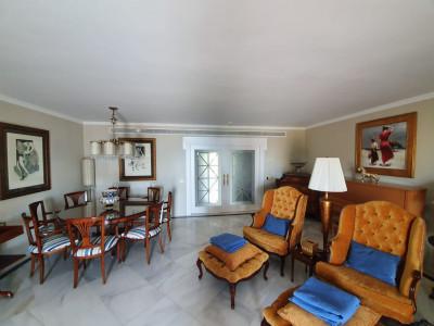 Квартира в продаже в Los Granados, Пуэрто Банус