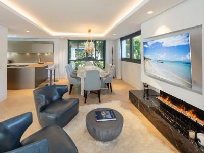 Villa en venta en Puente Romano, Marbella Golden Mile