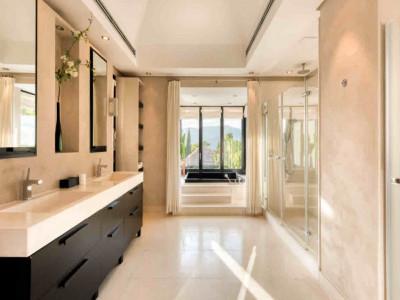 Villa en venta en Istan