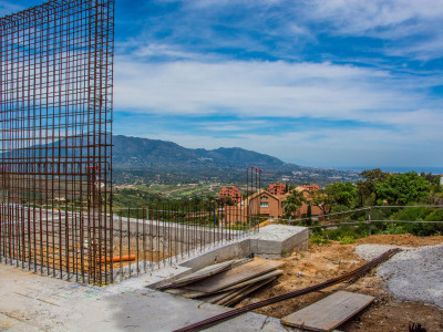 Villa en venta en La Mairena, Marbella Este