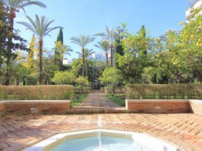 Apartamento en venta en Don Gonzalo, Marbella
