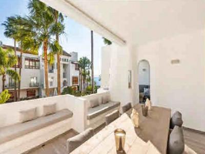 Apartamento en venta en Marina de Puente Romano, Marbella Golden Mile