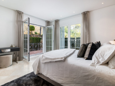 Erdgeschosswohnung zum Verkauf in Terrazas de Puente Romano, Marbella Goldene Meile