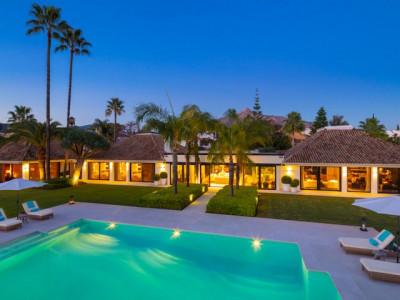 Villa for sale in Aloha, Marbella