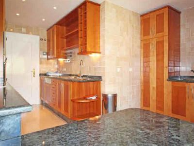Penthouse for sale in La Alzambra, Nueva Andalucia