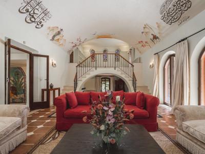 Villa en venta en El Padron, Estepona