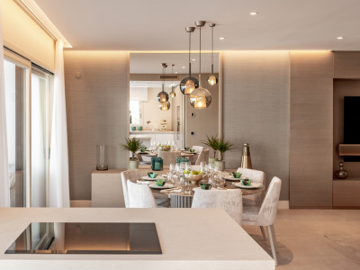 Apartamento en venta en Lomas del Rey, Marbella Golden Mile