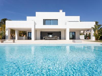 Villa en venta en Monte Halcones, Benahavis