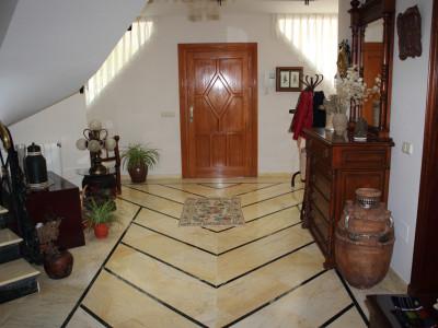 Villa en venta en Bel Air, Estepona