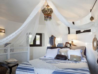 Villa en venta en Los Monteros, Marbella Este
