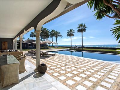 Villa à vendre à Los Monteros, Marbella Est