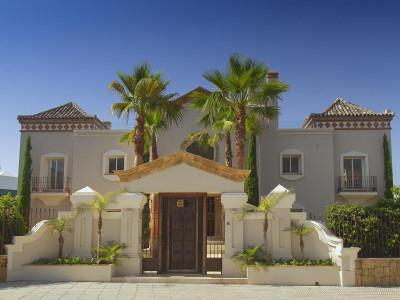 en venta en Altos de Puente Romano, Marbella Golden Mile