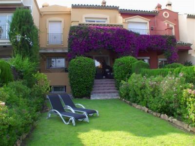 Adosado en venta en La Alzambra, Nueva Andalucia