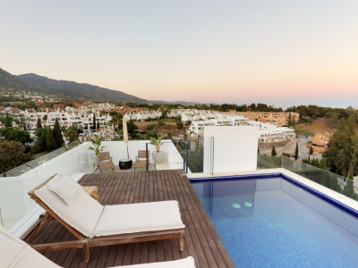 Penthouse for sale in Señorio de Marbella, Marbella Golden Mile