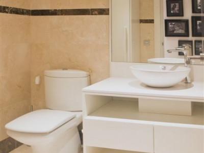 Apartamento Planta Baja en venta en La Alzambra, Nueva Andalucia