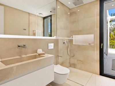 Villa en venta en Altos de Puente Romano, Marbella Golden Mile