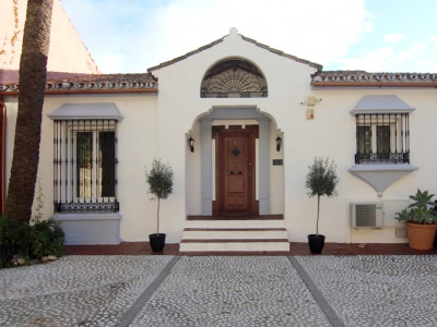 Town House in La Heredia, Benahavis
