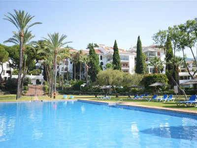 Marbella Golden Mile, Excellent apartment in the Marbella Golden Mile in a prestigious gated complex