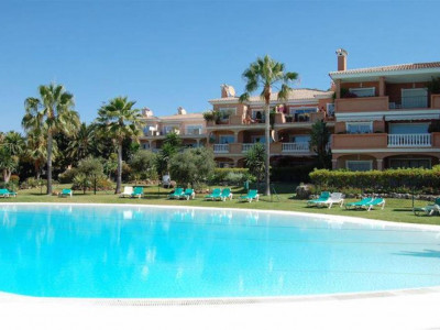 Estepona, Stunning apartment in the New Golden Mile in Estepona in a beachside complex