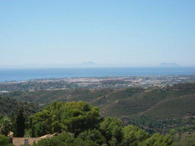 Istan, Beautiful villa for sale on the Istan road a 10 minute drive from Marbella
