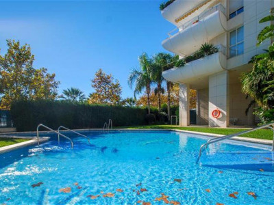 Marbella, Frontline beach apartment located just a 5 minute walk from Marbella centre