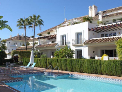 Marbella Golden Mile, Beautiful garden apartment for sale in the Marbella Golden Mile