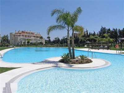 Estepona, Duplex penthouse in the New Golden Mile within walking distance of the beach