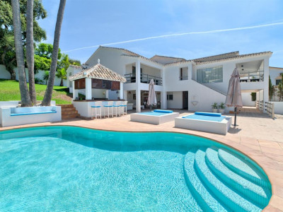 Marbella East, Quality villa for sale in Marbella east a short drive from the town centre
