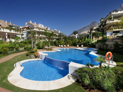 Marbella Golden Mile, Luxury apartment for sale in the heart of the Marbella Golden Mile