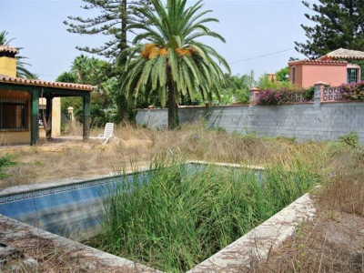 San Pedro de Alcantara, Residential plot second line to the beach for sale in Cortijo Blanco