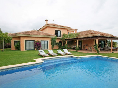 Benahavis, SPACIOUS 5 BEDROOM VILLA WITH SEAVIEWS IN LOS FLAMINGOS GOLF, BENAHAVIS