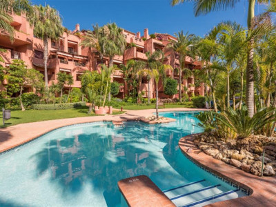 Marbella East, Quality apartment in El Rosario in Marbella east just a short walk from the beach