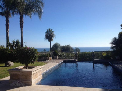 Marbella Golden Mile, Exceptionally beautiful villa for sale in Nagueles in the Marbella Golden Mile