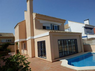 Estepona, Fantastic beachside villa for sale in the New Golden Mile in Estepona