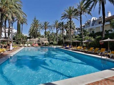 San Pedro de Alcantara, Beautiful apartment for sale on first line beach in San Pedro de Alacantara