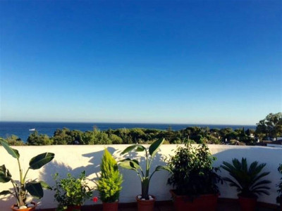 Marbella Golden Mile, Luxury penthouse apartment on the Marbella Golden Mile with panoramic sea views