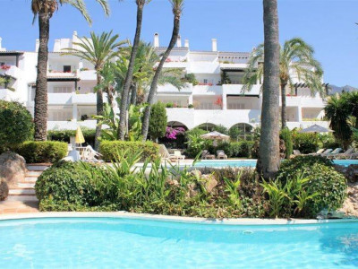 Marbella Golden Mile, Very spacious duplex penthouse in Puente Romano in the Marbella Golden Mile