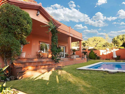 Marbella East, Extremely large luxury villa for sale in Marbella East a stones throw from the beach