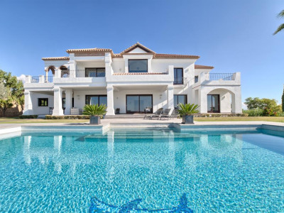 Benahavis, Top quality villa for sale in the Los Flamingos Golf Resort in Benahavis