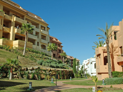 Manilva, 3 BEDROOM GROUND FLOOR APARTMENT IN DUQUESA VILLAGE