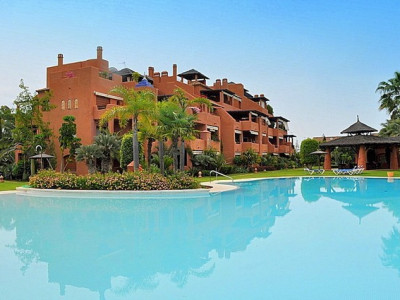 San Pedro de Alcantara, Spacious ground floor apartment in a gated community in Guadalmina Baja