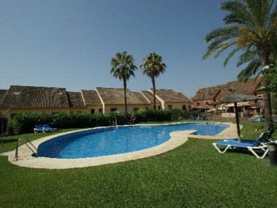 Marbella Golden Mile, Spacious 5 bedroom townhouse for sale