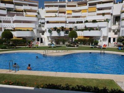 Nueva Andalucia, Spacious penthouse apartment for sale in Nueva Andalucia behind Puerto banus