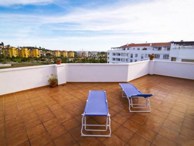 Nueva Andalucia, Fantastic penthouse apartment for sale in Nueva andalucia with a huge solaruim
