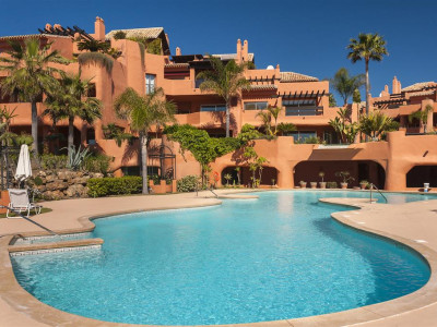 Marbella East, Luxury beachfront garden apartment in east Marbella with direct access to the beach