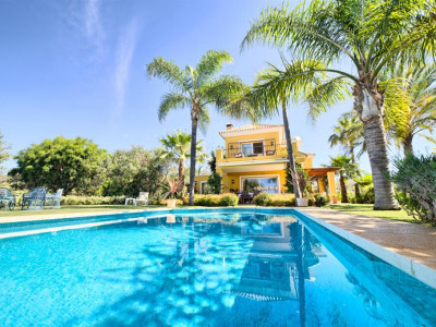 Marbella East, Stunning villa in Marbella east close to some of the best beaches in the Costa del Sol