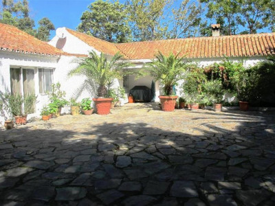 Sotogrande, Charming Andalucian style villa in Sotogrande within walkng distance to the beach